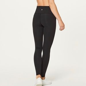 "Wunder Under Hi-Rise Tight 28"" Luxtreme Legging"
